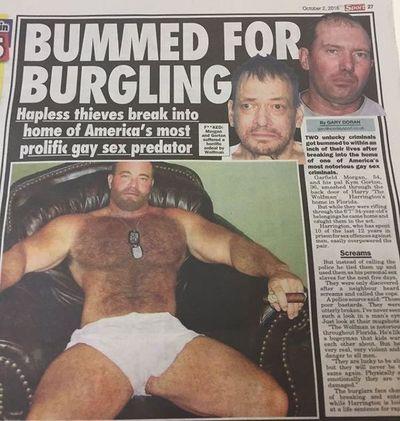 Огромный член просмотр мускулистые копы порно