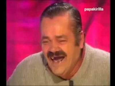 Порно видео девкам приспичило поссать в городе — 8