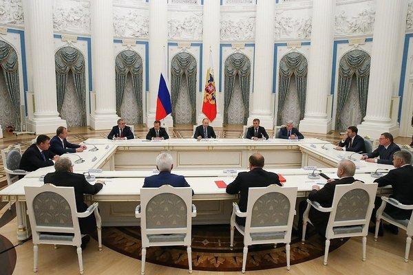 Путин заявил, что СССР «не надо было разваливать» Путин, СССР, История, КПСС, Горбачев, Перестройка, Россия, Политика