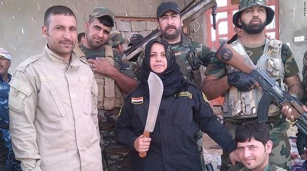 Домохозяйка из Ирака из мести за смерть мужей варит головы боевиков ИГИЛ События, Политика, Терроризм, ИГИЛ, Домохозяйка, Борьба, CNN, Liferu