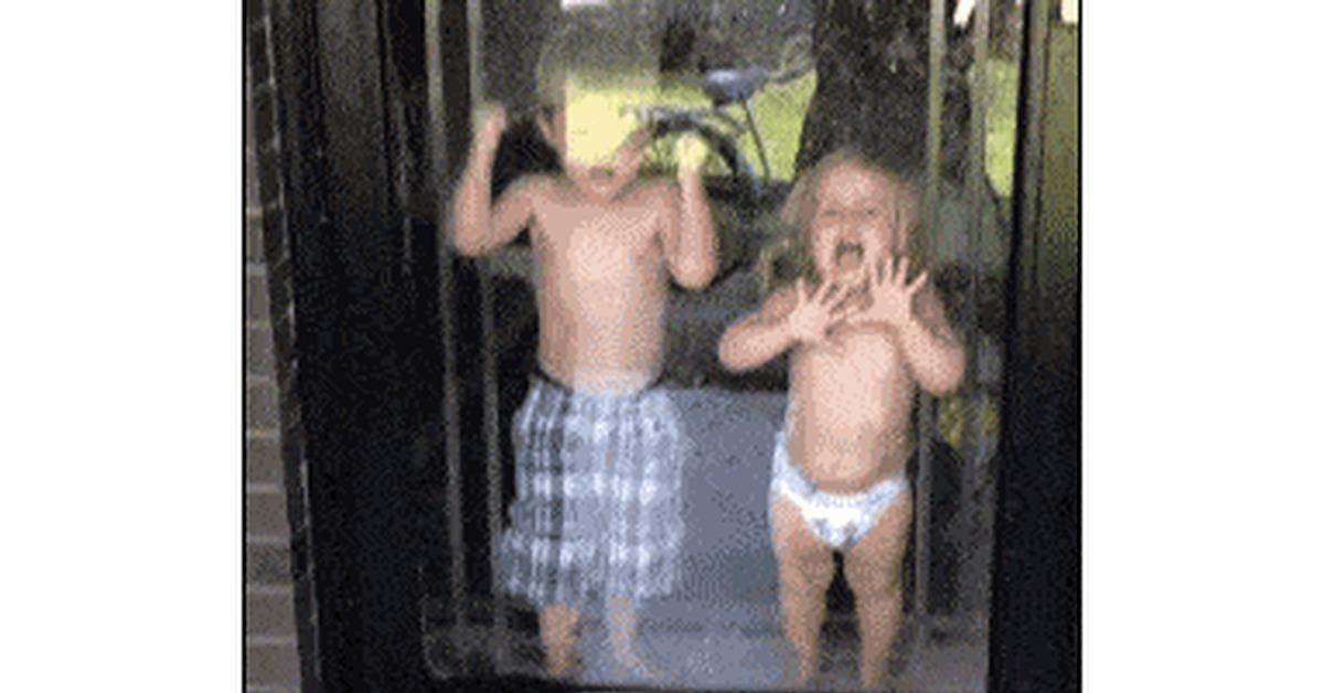 Гифки живые смешные о детях
