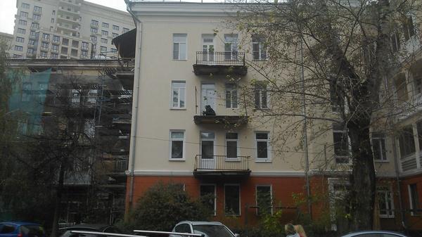 Интересно, что он там делает Воронеж, Балкон