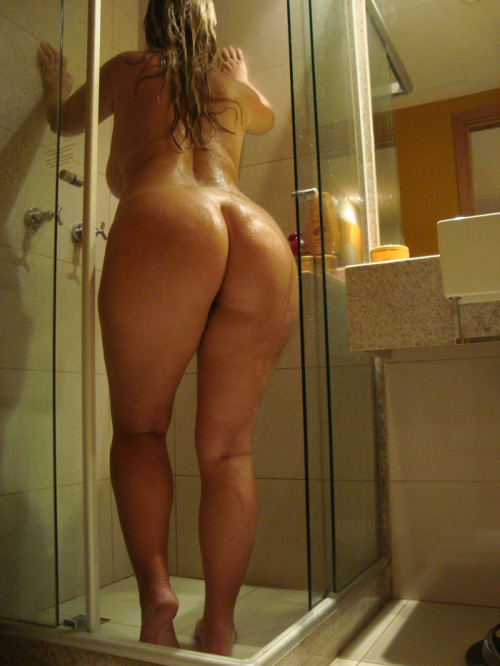 Классные попки голых девушек фото