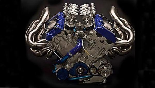 V8 из двух двигателей Hayabusa - вес 88 кг 450 л.с. при 10500 об/мин