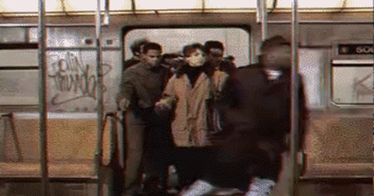 утро в метро гифка рамочная конструкция