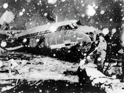 Манчестер юнайтед авиакатастрофа видео