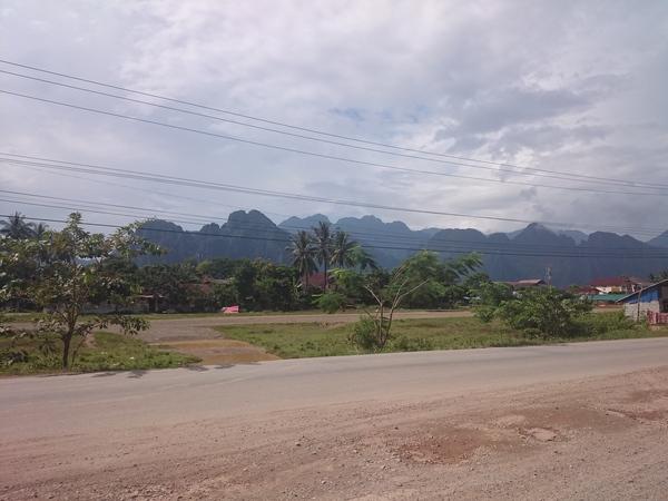 С рюкзаком по миру. День 85-86. Лаос. Ванг-Вьенг, горы, водопад, пещера и просто великолепная природа. СРюкзакомПоМиру, Путешествия, Кругосветное путешествие, Длиннопост, Лаос, Азия, Фото