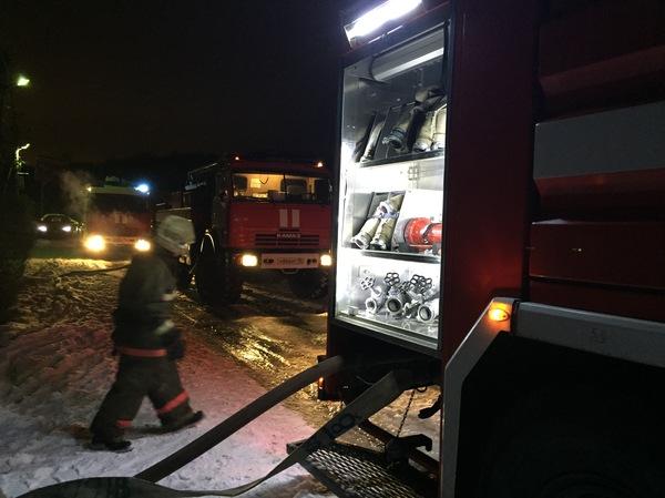 Праздник к нам приходит! пожарная машина, пожар, длиннопост