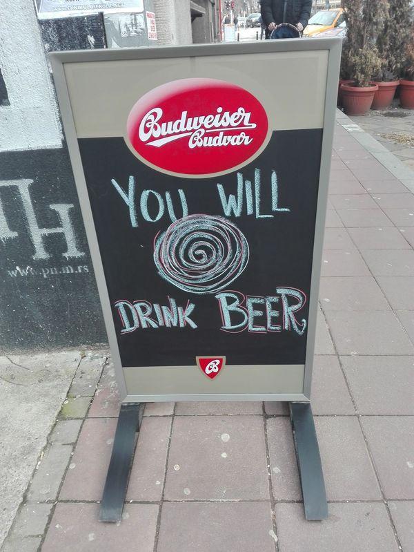 Гипнотизируют, гады... Пиво, Beer me, Hypnosis, Гипноз, Beograd, Белград