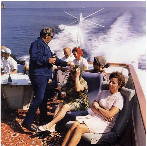 Очень редкий кадр. Истории, СССР, Крым, Генсек, 1970