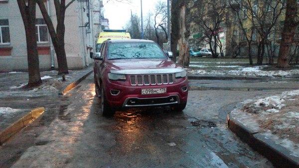 Когда, действительно, плевать на всех... дура на дороге, врачи, ВКонтакте, паркуюсь как му*дак