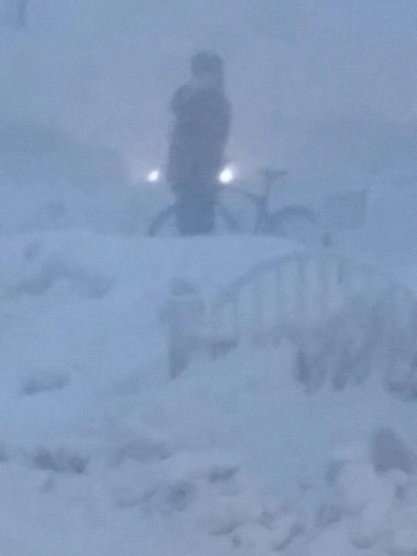 Суровые Сургутяне, вчера в -53 на велосипеде! Велосипед, Сургут, Мороз, Метель, Мужики, Суровый