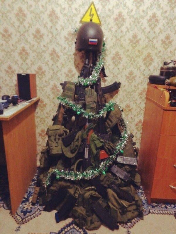 Новогодняя елка по версии спецназа)