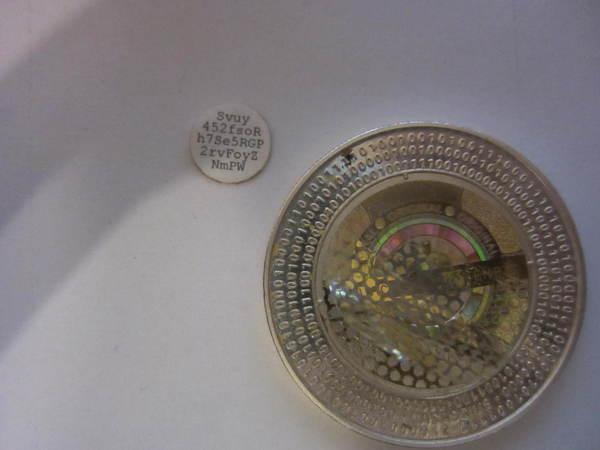 Как я монету Casascius 10 Bitcoin открывал Биткоины, Деньги, Монета, Нумизматика, Криптография, Текст, Длиннопост