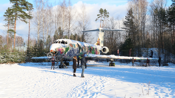 Заброшенный самолет Ту-134 в Скулте (Латвия) Заброшенное, Самолет, Ту-134, Прогулка, Видео, Длиннопост