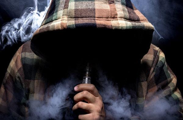 Мосгордума собралась приравнять электронные испарители к сигаретам события, Политика, Россия, мосгордума, Электронные сигареты, vape, несовершеннолетние, интерфакс