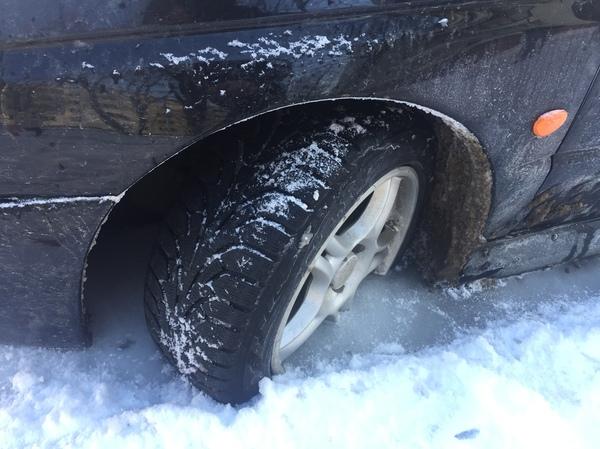 Тачка вмерзла в лед за выходные. авто, лёд, зима, проблема, длиннопост