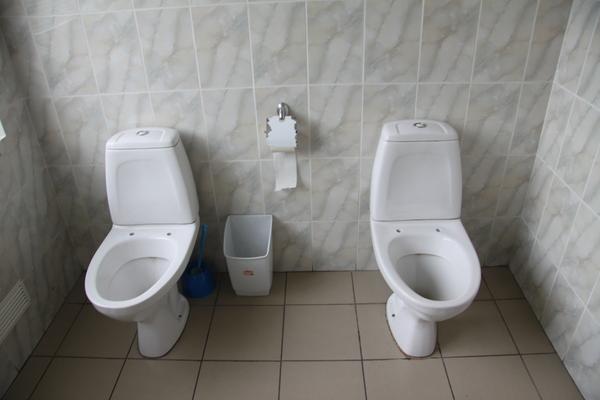 Удачно зашел в туалет