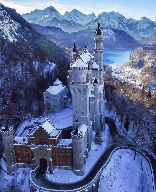 Snowy Neuschwanstein Castle, Bavaria, Germany