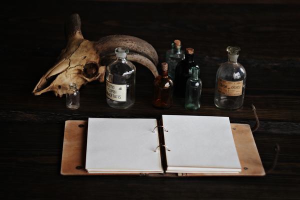Скетчбук из кожи и дерева для любителя медицины моё, скетчбук, кожа, дерево, ручная работа