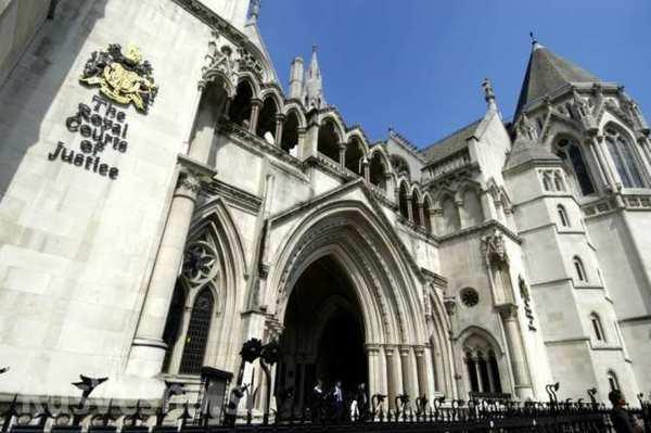 Лондонский суд назначил рассмотрение дела по иску России к Украине по долгу в $3 млрд на 17-20 января следующего года. Украина, Политика, Суд, Долг, Длиннопост