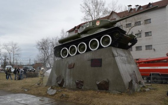Кто подскажет? Ваши мнения! World of Tanks, Памятник, петрозаводск, спор, Интересное, танки