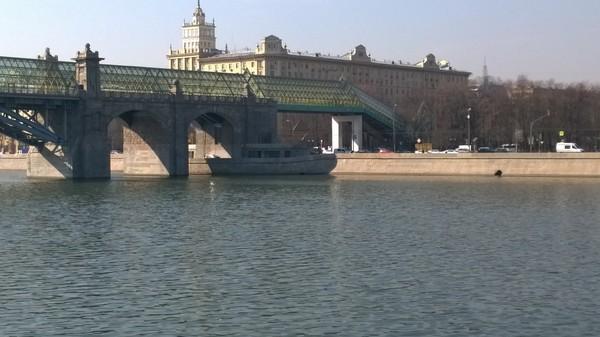 Корабль-призрак Показалось, Корабль, Парк Горького, Москва-Река, Фото