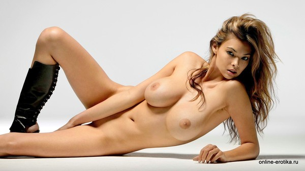 фотки голой девушки