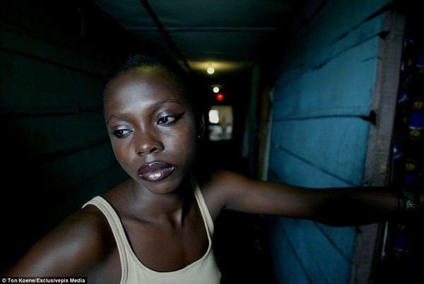 Секс фильмы бабы с нигерии