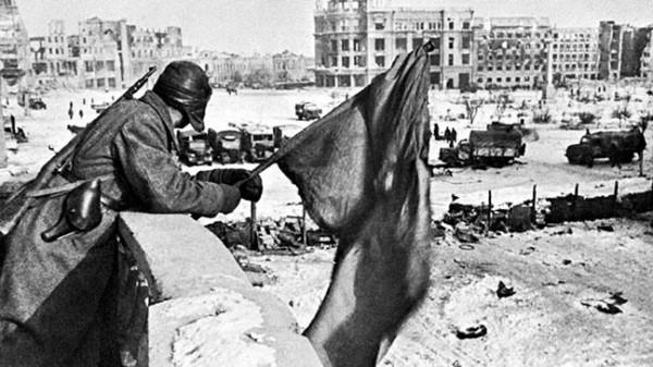 Afbeeldingsresultaat voor великая отечественная война сталинград победа