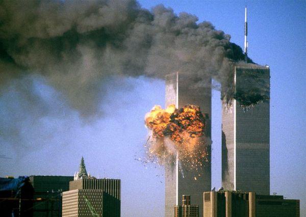 Увековечить отсутствие 11 сентября, Нью-Йорк, Башни близнецы, Мемориал, Память, Длиннопост