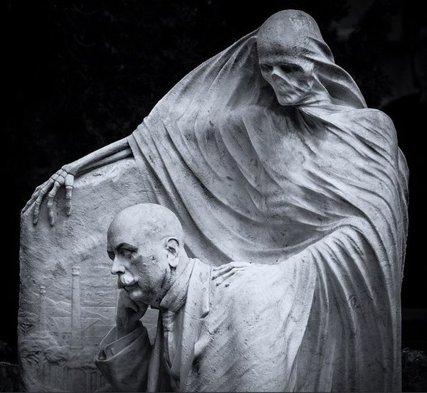 Death at Nicolau Juncosa's tomb, Antoni Pujol, Montjuc Cemetery, Barcelona, Spain, 1914. Могила, Смерть, Academic Sculpture, Длиннопост