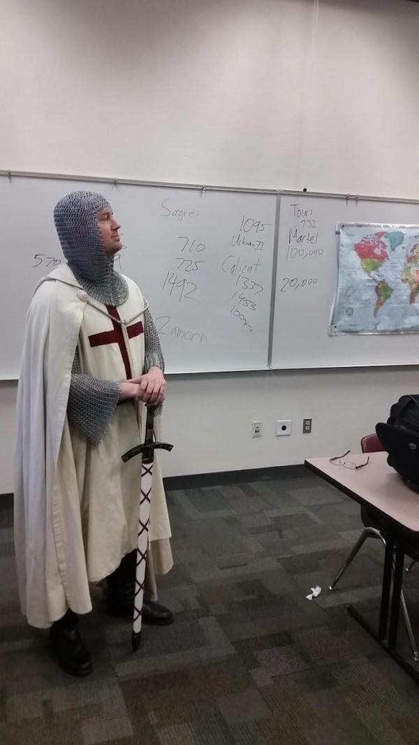 Учитель истории, который знает, как заинтересовать своих учеников