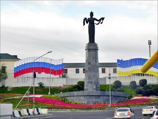 Закат Улан-Удэ, Бурятия, Мать Бурятия, Памятник