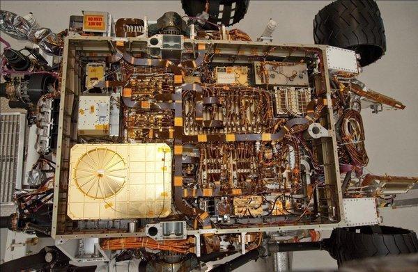 Внутри Кьюриосити Mars Science Laboratory, космос, Марсоход, curiosity, кликабельно