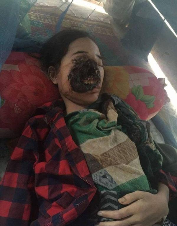 Порно муж трахает спящую жену русский фото