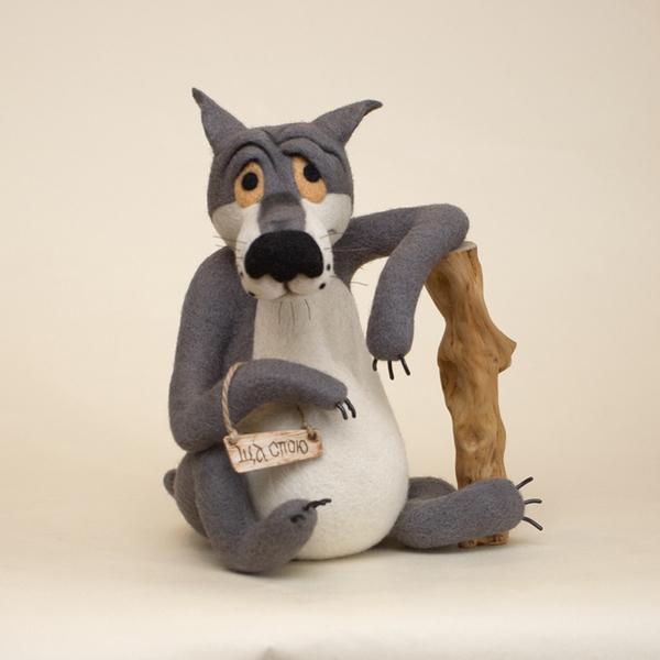 Фото смешного волка из шерсти