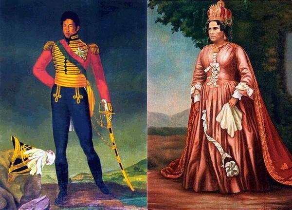 Королева заставила себя ублажить раба фото 722-517