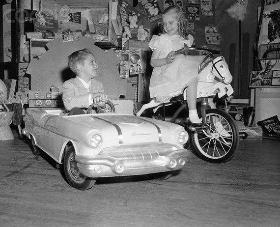Детский электромобиль 1956 Pontiac Starcheif Junior Загнивающий Запад, Детство, Олдскул, Длиннопост