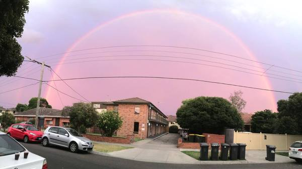 Удивительный австралийский радужный купол, который появился в небе. Погода, Фотография, Австралия, Радуга, Небо, Интересное