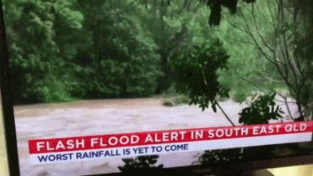 Что делают австралийцы во время сильного шторма и наводнения Гифка, Шторм, Австралия, Вода, Наводнение