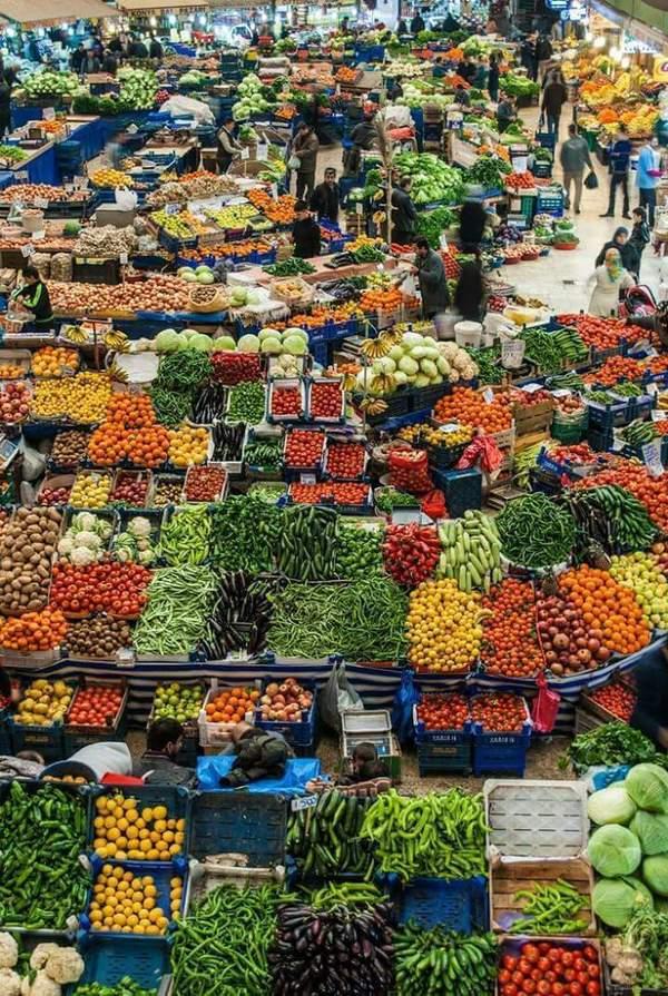 Рынок в Тегеране.