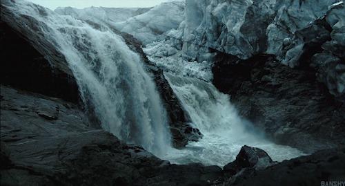 Воды вниз летящей пост. Фотография, Водопад, Скалы, Горы, Вода, Лес, Природа, Длиннопост, Гифка