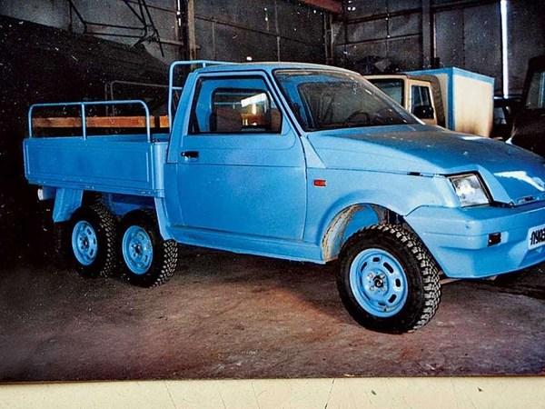 1993 год. ЛУАЗ-1301 6х4 с пневмоподвеской. авто, фотография, Интересное, луаз, пикап, прототип, техника