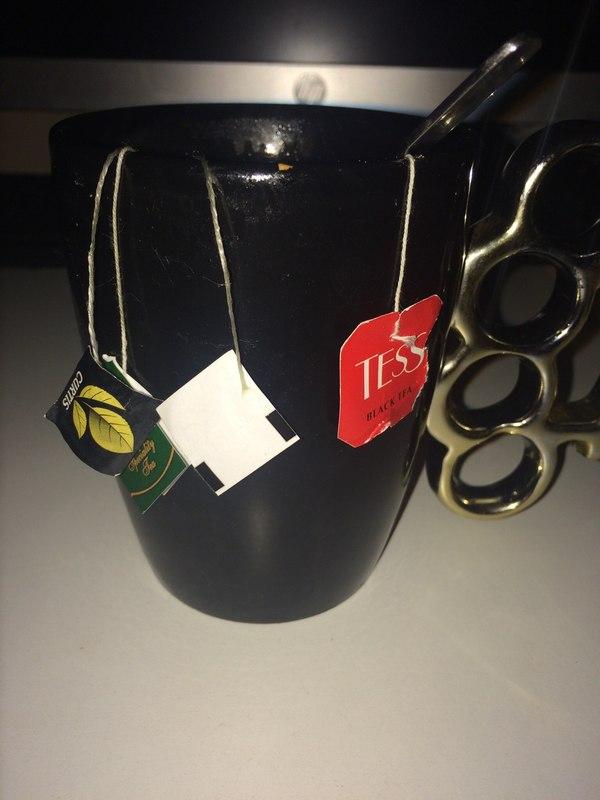 """Я не выбрасываю пакетики от прошлого чая. Многие зовут меня """"лентяй"""" и """"нищеброд"""". Я же предпочитаю зваться """"Купажистом""""..."""