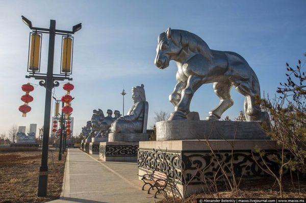 В этом городе есть всё для жизни, кроме самих жителей Китай, Город-Призрак, Кангбаши, Интересное, Длиннопост