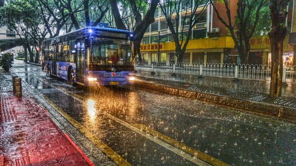 Сильный дождь в Гуанчжоу 21.04.17 Гуанчжоу, Фотография, Дождь