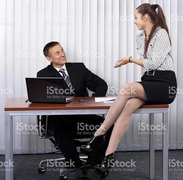 Смотреть офисное порно красивых секретарш