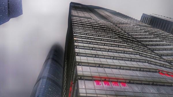 Небоскребы Гуанчжоу в непогоду гуанчжоу, небоскреб, Непогода в небе, фотография, теги явно не мое