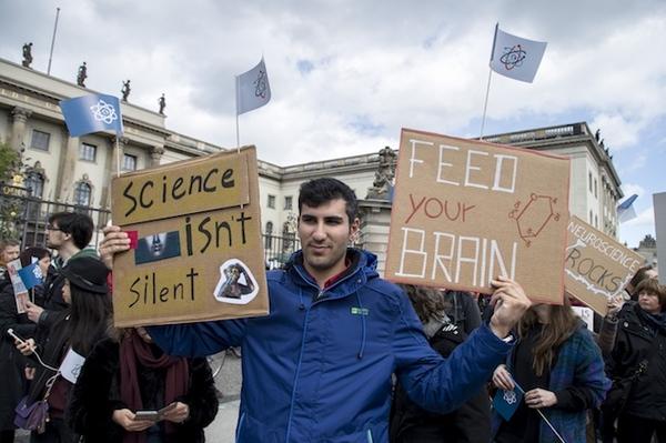 """""""Марш в поддержку науки"""" прошел по всему миру — от Арктики до Антарктиды глобальное потепление, изменение климата, длиннопост"""